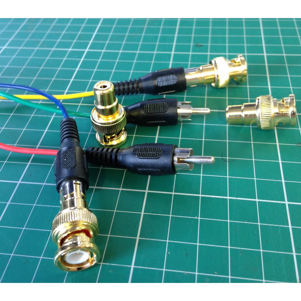 BNC to RCA phono adapter composite video